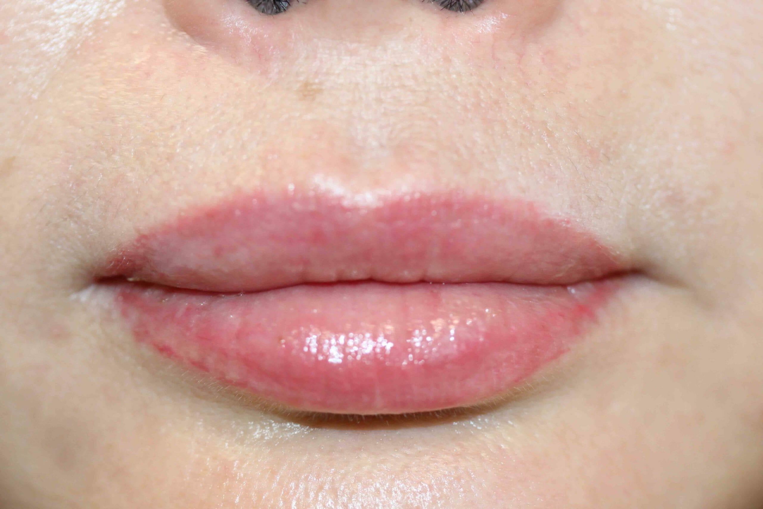 Lip liner & Color